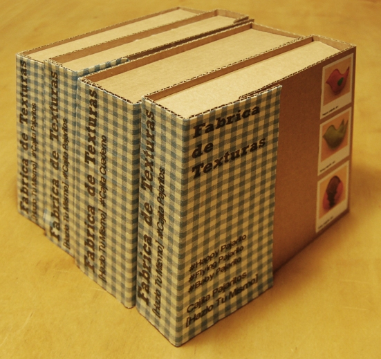 4 cajas de pie